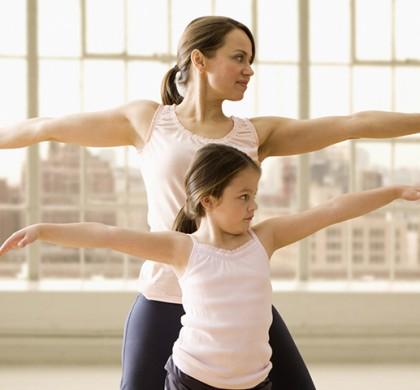 Tener una buena forma física en la juventud puede dar frutos décadas después, según un estudio