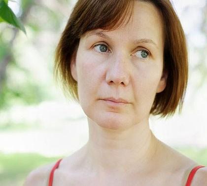 ¿Puede una menopausia precoz desencadenar una depresión posterior?