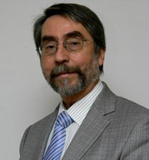 Dr. Arturo Radwell