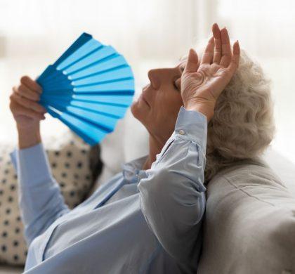 La presión sanguínea alta durante el embarazo puede significar peores sofocos durante la menopausia
